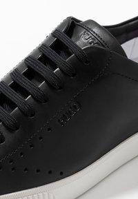 HUGO - Zapatillas - black - 2