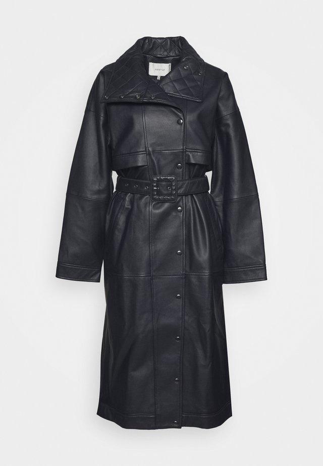 ESTER COAT - Zimní kabát - dark navy