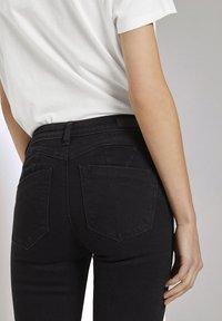 TOM TAILOR DENIM - Jeans Skinny Fit - used dark stone black denim - 4