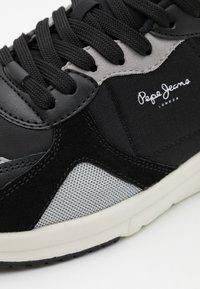 Pepe Jeans - PARK AIR 0.1 - Tenisky - black - 5