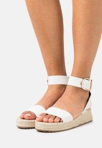 RAID Wide Fit - WIDE FIT ALICE - Platform sandals - white - 0