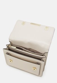 MICHAEL Michael Kors - JADELG GUSSET - Across body bag - light cream - 3