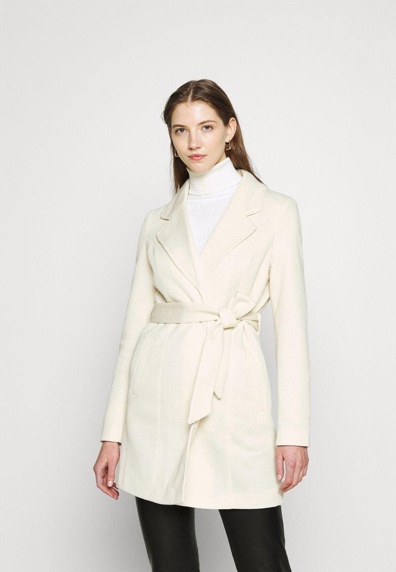 Vero Moda - VMVERODONA  - Krótki płaszcz - birch/melange