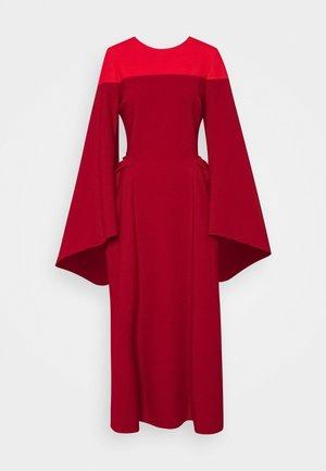 ACCADIA DRESS - Vestito elegante - vermillion / carmine