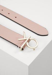 Calvin Klein - LOGO BELT - Belt - pink - 2