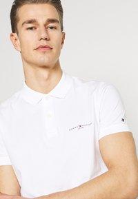 Tommy Hilfiger - CLEAN SLIM - Polo shirt - white - 3