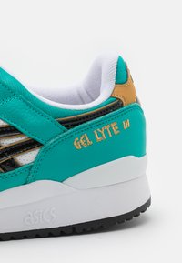 ASICS SportStyle - GEL-LYTE III OG UNISEX - Sneakers - baltic jewel/black - 5