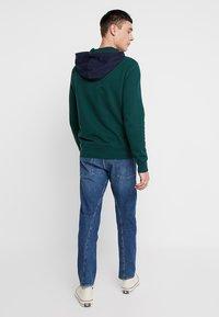 Levi's® Engineered Jeans - 502 REGULAR TAPER - Vaqueros tapered - blue denim - 2