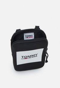 Tommy Jeans - URBAN COMPACT UNISEX - Across body bag - black - 2