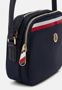 Tommy Hilfiger - POPPY CROSSOVER CORP - Borsa a tracolla - blue - 3