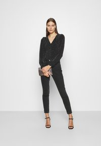 Dorothy Perkins - LUREX RUCHED FRONT - Long sleeved top - black - 1