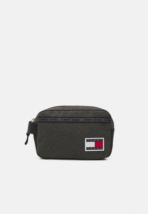 CASUAL WASHBAG - Wash bag - black melange
