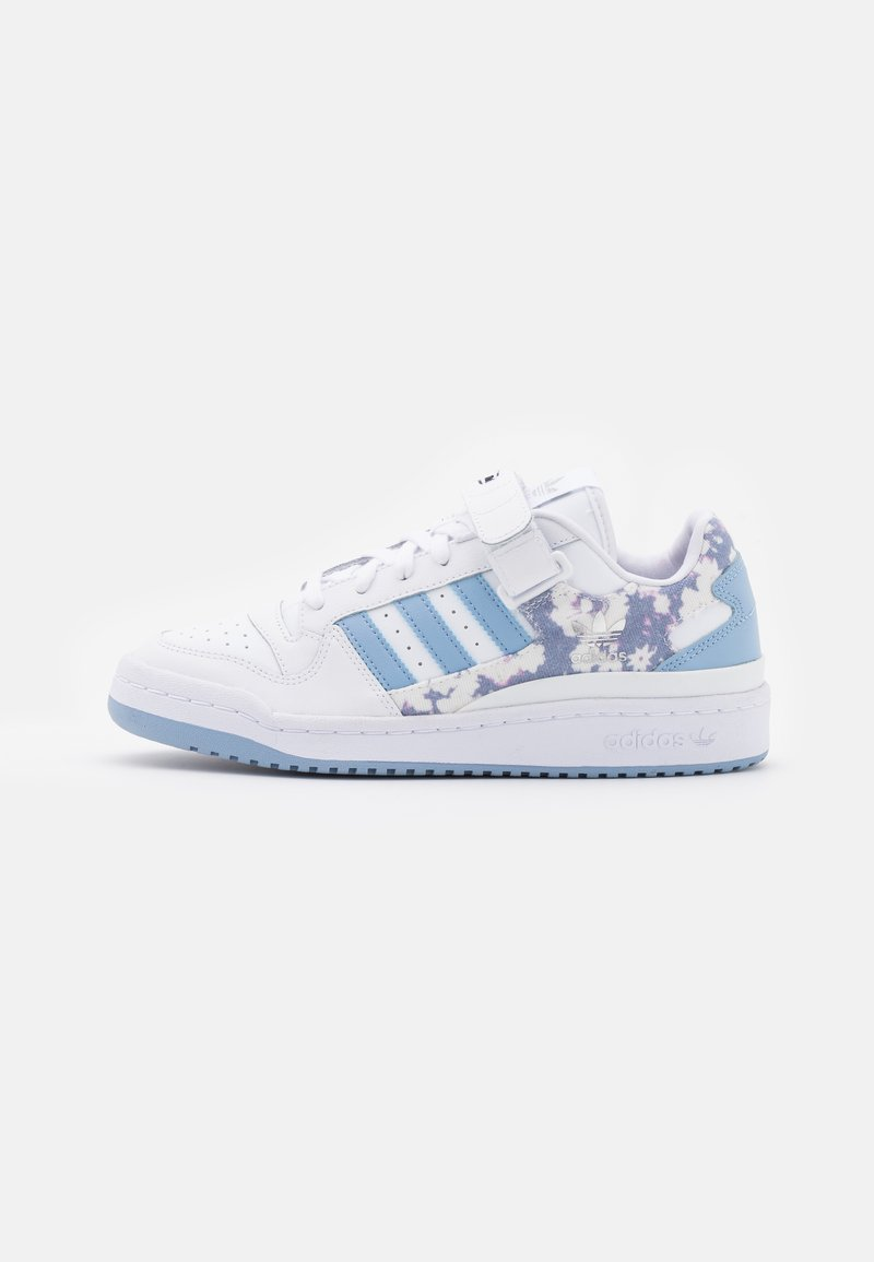 FORUM   Sneaker low   footwear white/ambient sky/legend ink