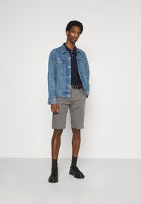 TOM TAILOR - Shorts - castlerock grey - 1