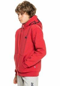 Quiksilver - BEST WAVE YOUTH - Zip-up sweatshirt - american red - 4