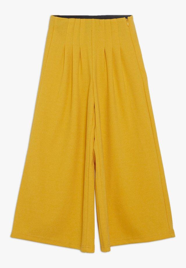 FRANCES - Pantalon classique - yellow