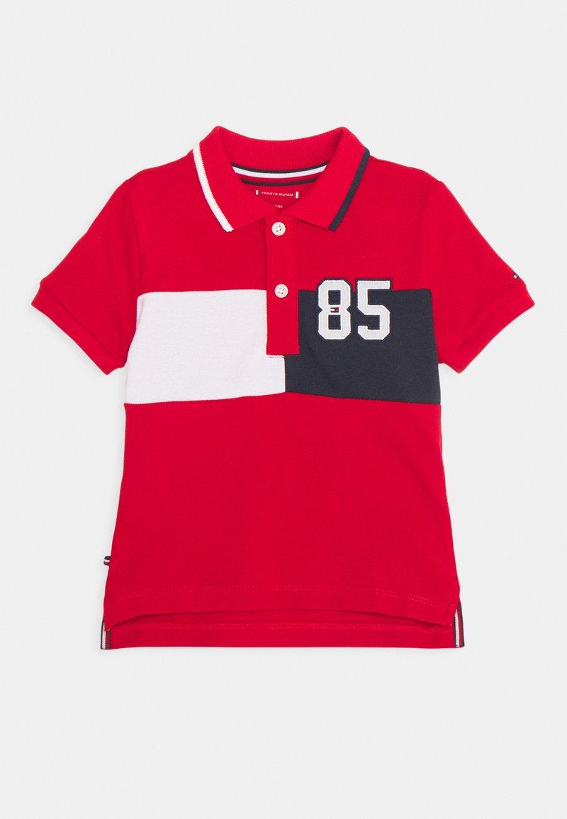 Tommy Hilfiger - BABY COLORBLOCK UNISEX - Polo shirt - deep crimson
