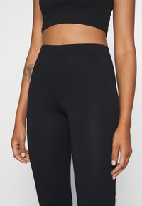 Nly by Nelly - SHOW  - Leggings - black - 4