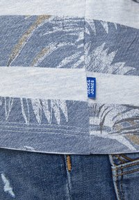 Jack & Jones Junior - Print T-shirt - soul blue - 6