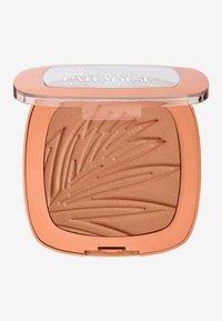 L'Oréal Paris - BRONZE TO PARADISE - Bronzer - baby one more tan - 1