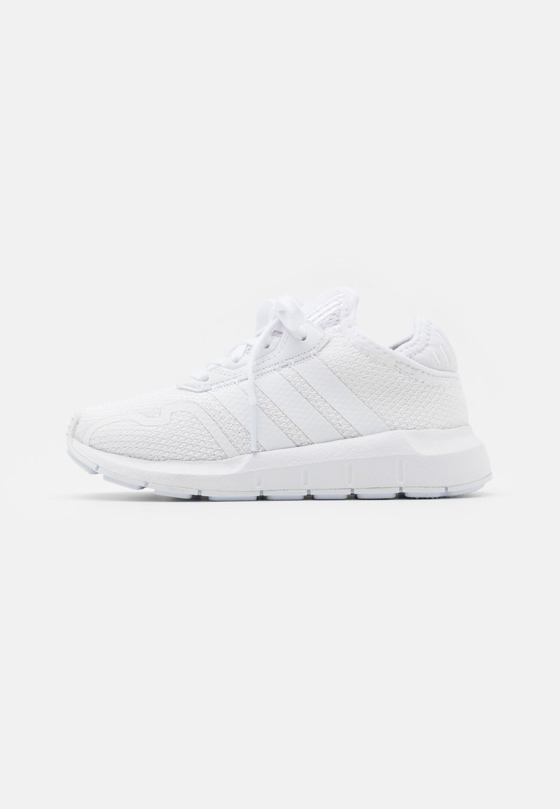 adidas Originals - SWIFT RUN X SHOES - Sneakers laag - footwear white