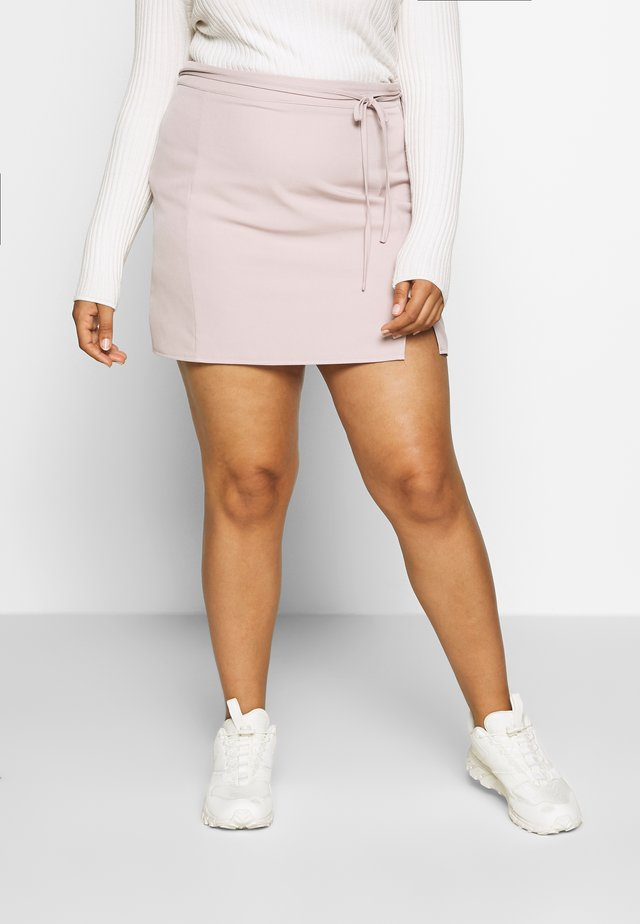 SIDE SPLIT ALINE SELF BELT SKIRT - Mini skirts  - lilac