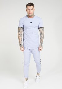SIKSILK - SCOPE GYM TEE - Print T-shirt - dusky sky - 0