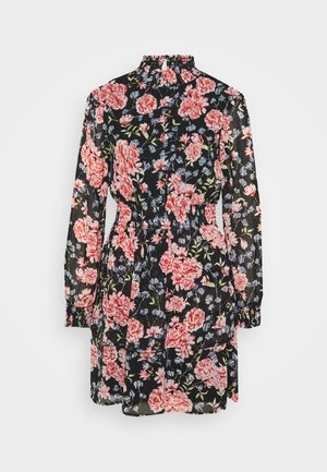 PCFLOWI SMOCK NECK DRESS KAC - Denní šaty - black/pink/blue