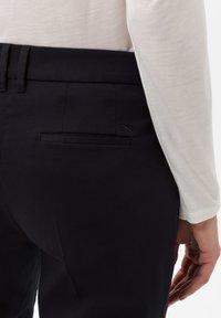 BRAX - STYLE MARA S - Trousers - perma blue - 4