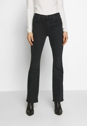 THE WEEKENDER JEAN - Relaxed fit jeans - blackbird