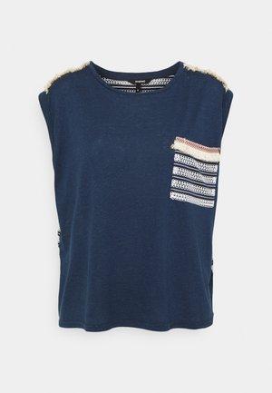 DUBLIN - Print T-shirt - blue