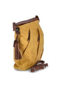 Rieker - Across body bag - gelb - 4