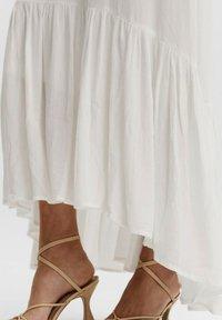 Vero Moda - Maxi dress - blanc - 3