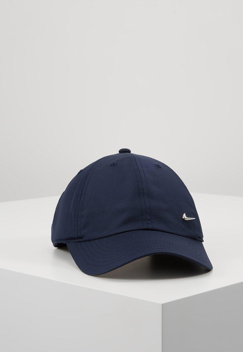 Nike Sportswear - HERITAGE UNISEX - Caps - obsidian/metallic silver