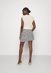 Abercrombie & Fitch - CINCH DETAIL SKIRT - A-line skirt - navy - 2