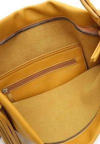 Emily & Noah - ELIANA - Käsilaukku - yellow - 4