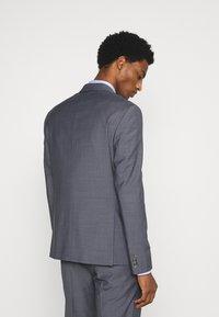 Tommy Hilfiger Tailored - FLEX SLIM FIT SUIT - Suit - grey - 2