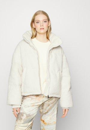 PUFFER JACKET - Winter jacket - cream