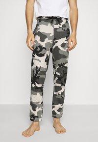 Diesel - UMLB-PETER TROUSERS - Pyjama bottoms - grey - 0