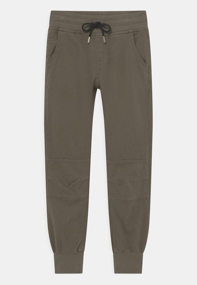 BOYS STREETWEAR - Kalhoty - zedergrün reactive
