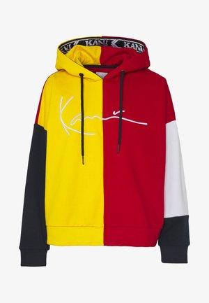 SIGNATURE TAPE BLOCK HOODIE - Hoodie - yellow/red/navy/white