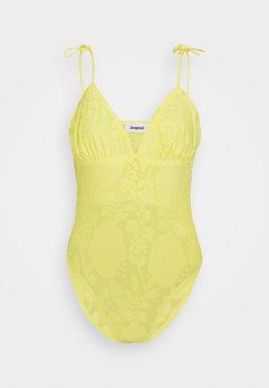 SERENA - Print T-shirt - yellow