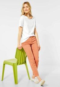 Cecil - Basic T-shirt - weiß - 1