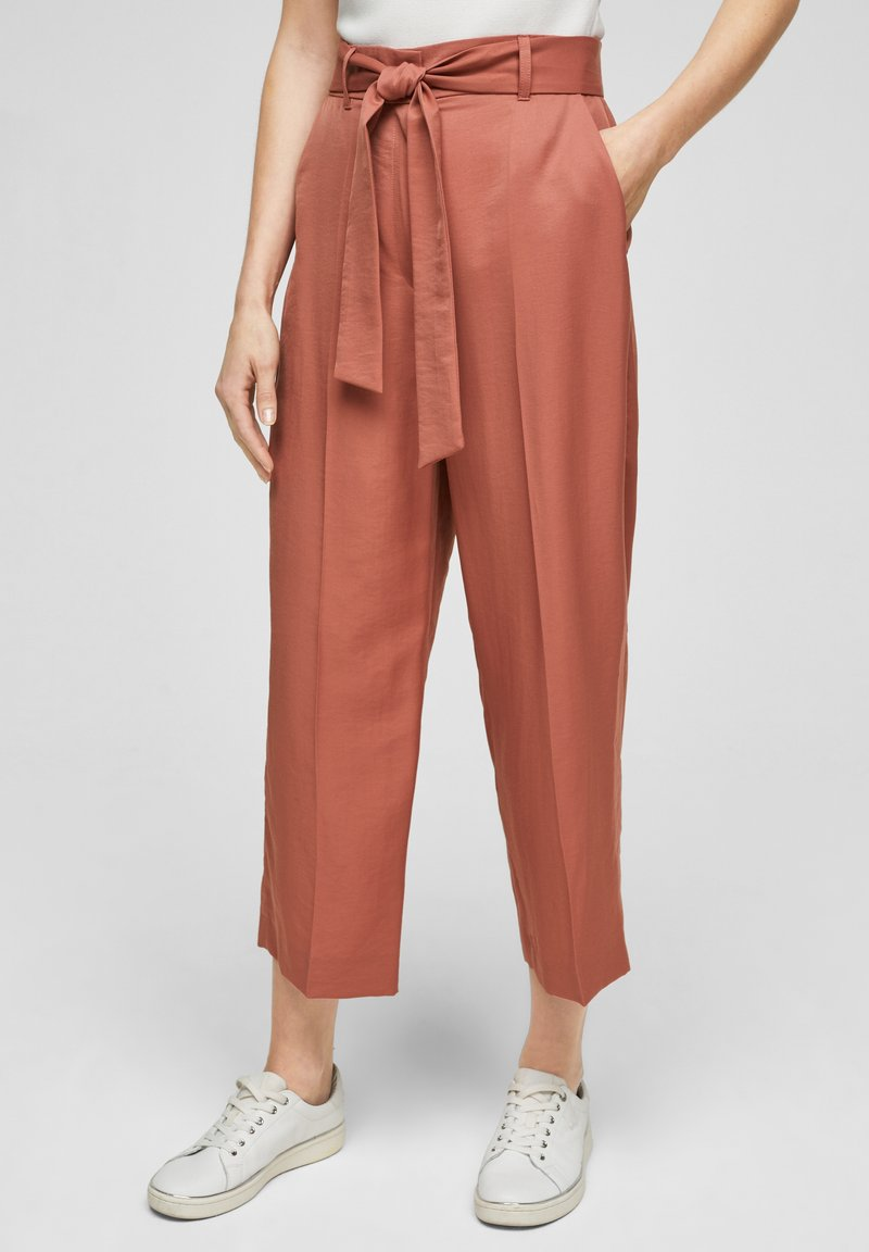 s.Oliver BLACK LABEL - REGULAR FIT - Trousers - dusty apricot