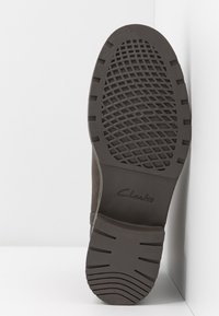 Clarks - Classic ankle boots - grey - 4