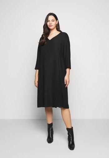 DORIS - Shift dress - black