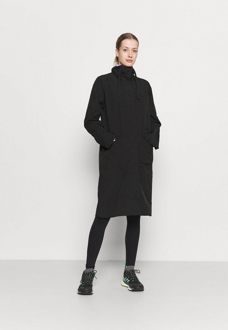 Didriksons - VENDELA COAT - Classic coat - black