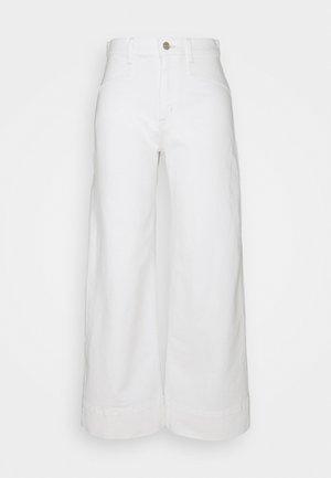 WIDE LEG - Jeans baggy - ecru
