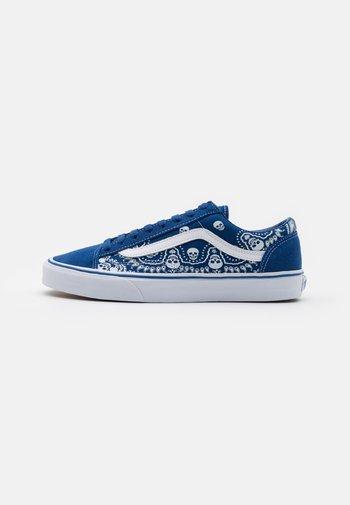 STYLE 36 UNISEX - Zapatillas - true blue/true white