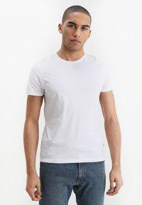 Wrangler - TEE 2 PACK - T-shirt - bas - black - 2